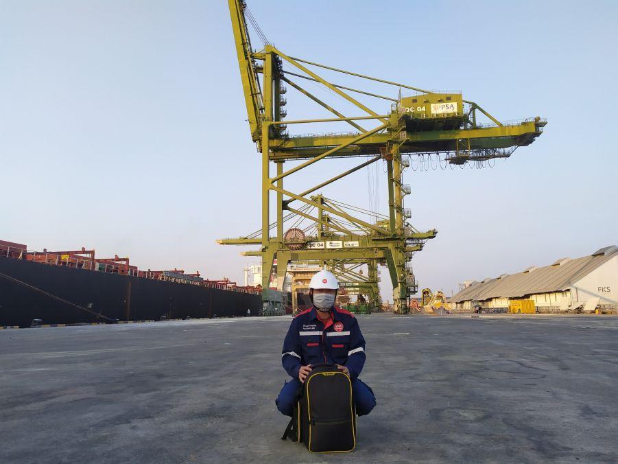 Kmax Leader Vessel